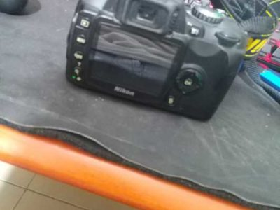 nikon d40 camera with charger