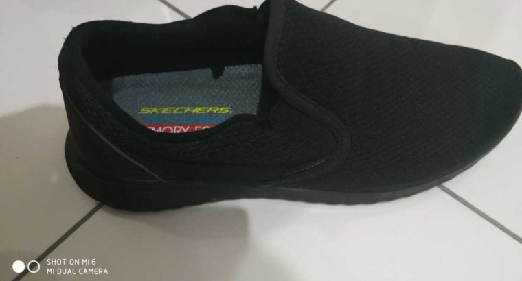 sketchers Shoes for sale