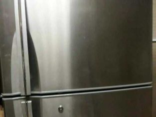 Hitachi Fridge (Big) 470 Litres excellent condition