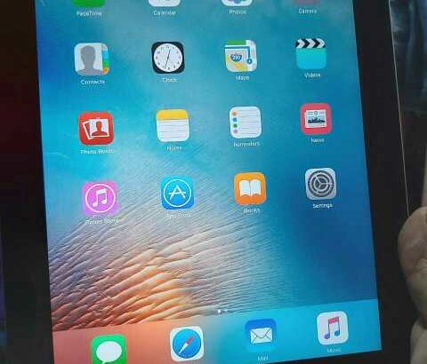 iPhone tab 2  16GB storage Very good condition Wifi with face time 100% original