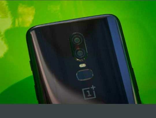 Canon 700d+OnePlus 6 mobile (128gb) for sale