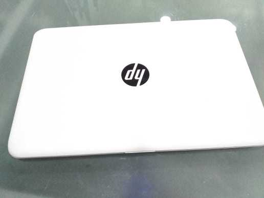 HP Stream 14 , Celeron, 4gbram, 60gb Ssd Hdd, Camera