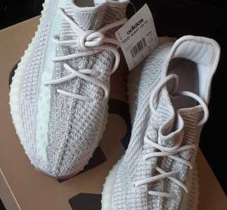 Yezzy boost 350 Citrin US 9- UK 9 lowest price