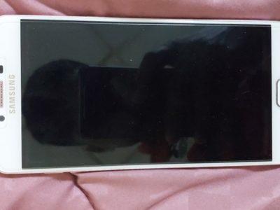 Samsung Galaxy C9 Pro 6GB Ram 64GB ROM 4000mah batter backup with Fingerprint sensor Good Condition.