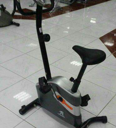megetic upright bike