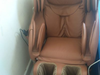 Full body masaage chair