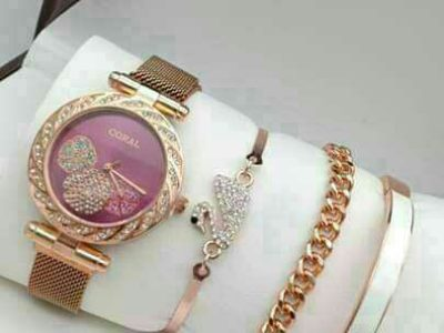 #Ladies Watch with Bracelets set