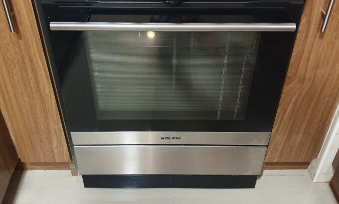 Glemgas Electrical Ceramic Cooker / Oven for Sale