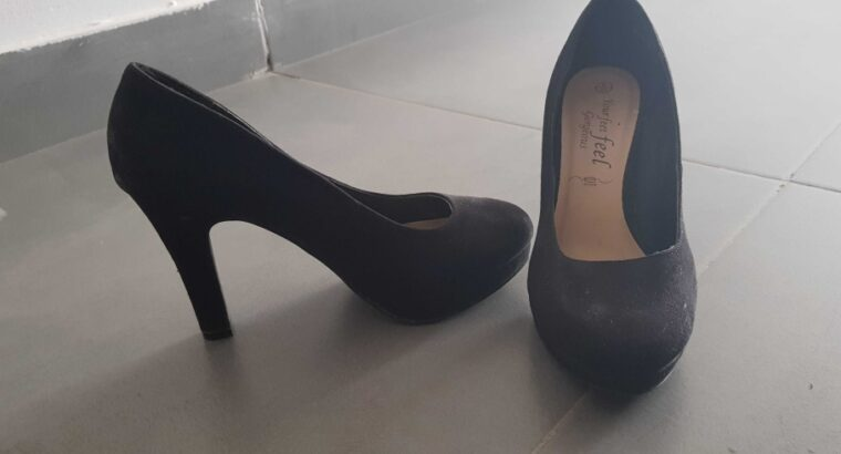 women heels- gently used