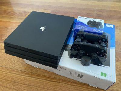 PlayStation 4 Slim Pro (1TB)
