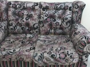 Sofa 3 sets of chairs