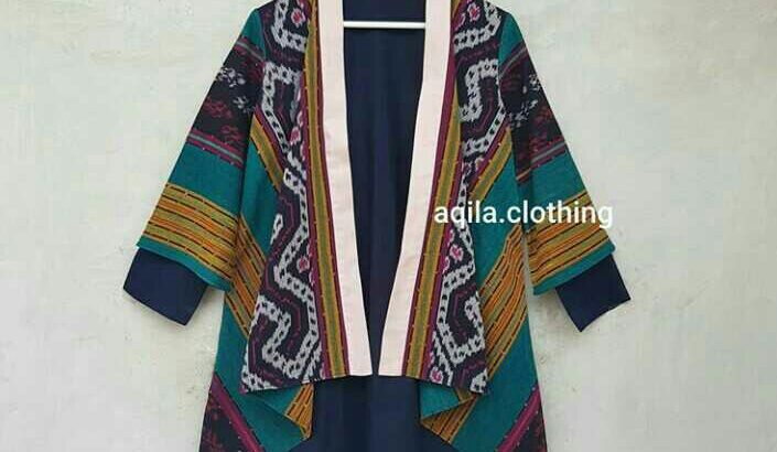 aqilla Batik Blouse