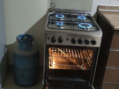 Ariston Gas And Electric Cooker