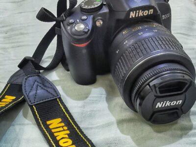 NICON D3000 18-55mm Kit