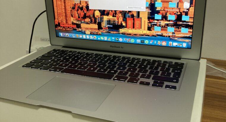 MacBook Air 2017 almost new
